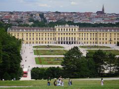 Schönbrunn Palace by Rhiannon Boyle